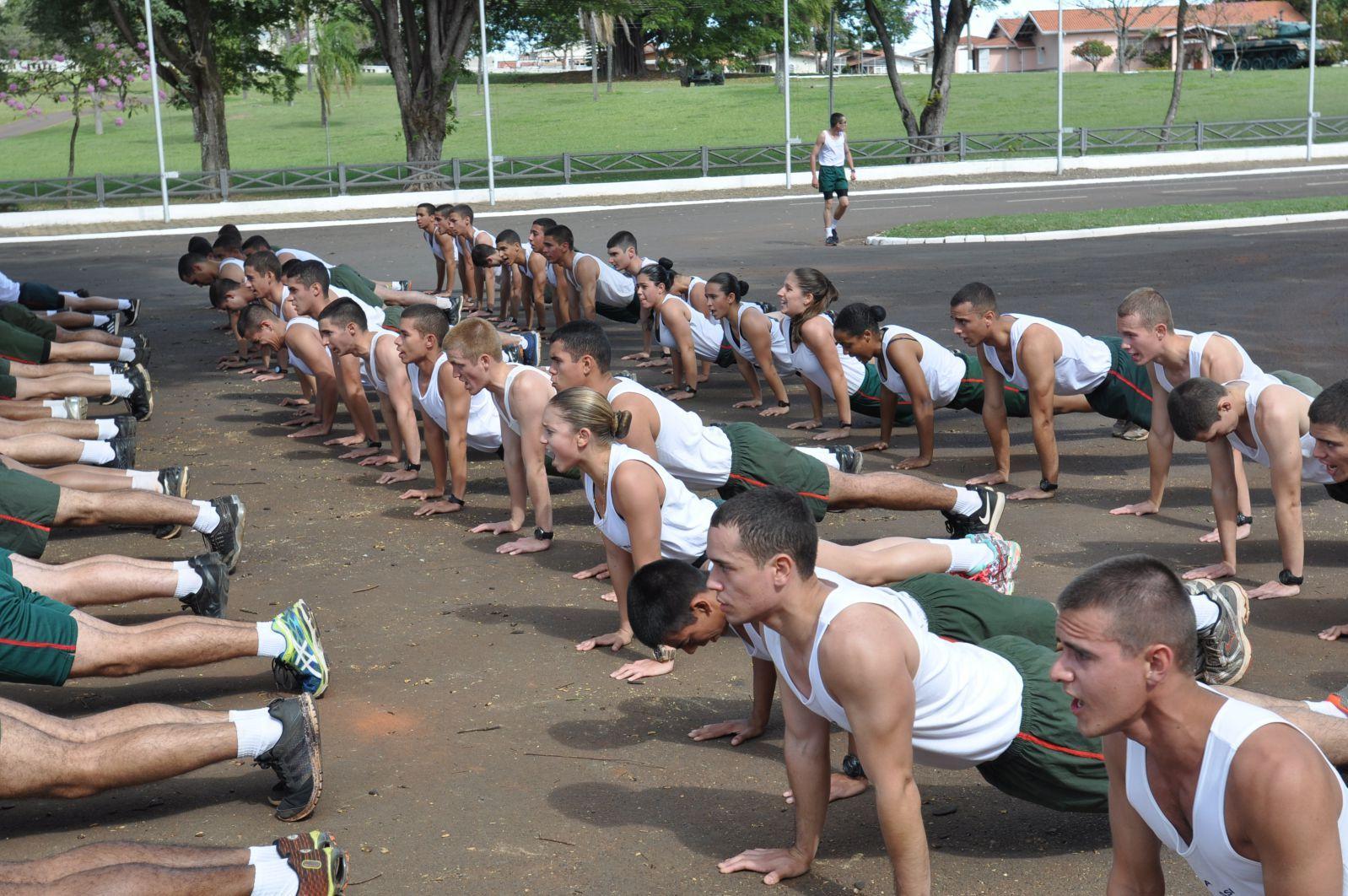 Escola de formação do Exército width=