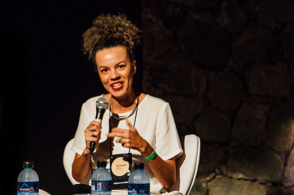 Cecília Olliveira, jornalista e criadora do aplicativo Fogo Cruzado