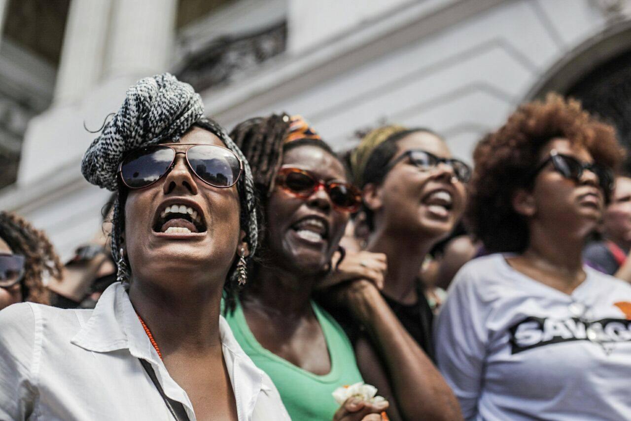 Milhares de pessoas fizeram vigília em frente à Câmara Municipal do Rio no dia seguinte ao assassinato de Marielle. Foto: PSOL/RJ
