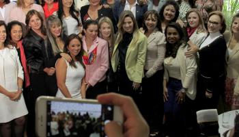 Parte da atual bancada feminina na Câmara Federal; Em 2018, deputadas e candidatas à reeleição devem ter prioridade no acesso ao Fundo das mulheres. Foto: Richard Silva/PCdoB na Câmara