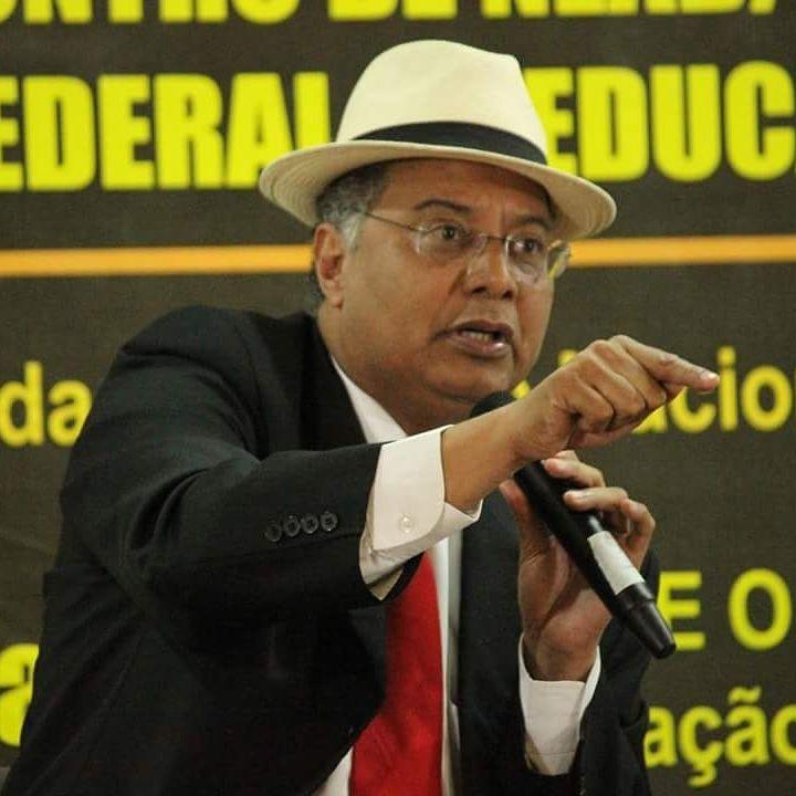 Doutor Humberto Adami há mais de 10 anos luta pela implementação da lei 10.639