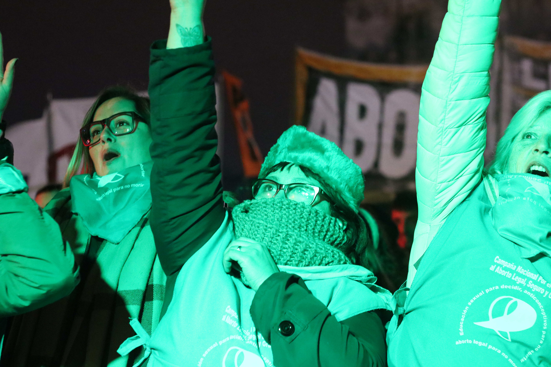 A reforma do Código Penal argentino poderia incluir a descriminalização da interrupção voluntária da gestação. | Foto: MONK Fotografía