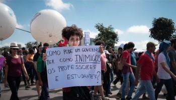 Manifestação contra os cortes também reuniu estudantes na Esplanada dos Ministérios, em Brasília|Foto: Fábio Martins/Mídia Ninja