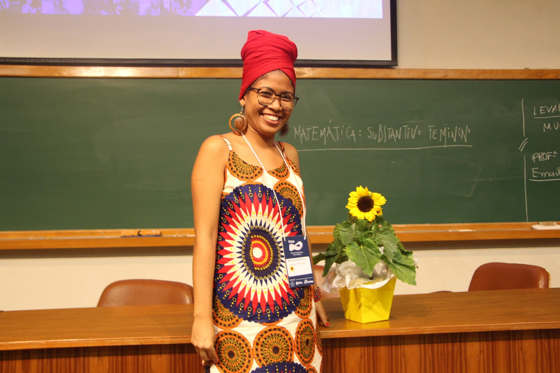 A professora e matemática Manuela da Silva Souza é a primeira mulher e pessoa negra a ocupar o cargo de coordenadora do mestrado da UFBA | Foto: Divulgação IMPA