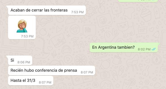 Troca de mensagens entre Juliana e pessoa da clínica Orientáme, na Colômbia, onde estavam agendados os procedimentos (Reprodução)