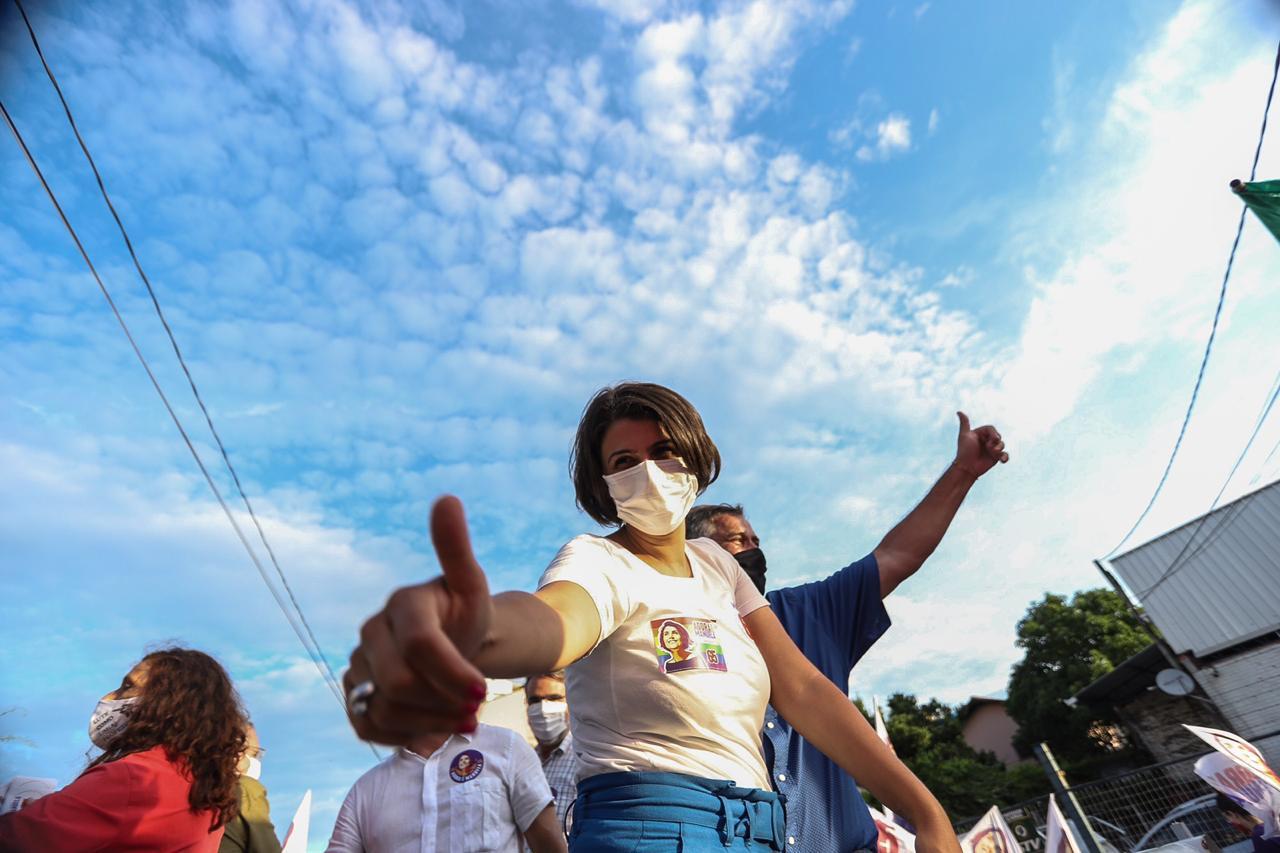 Manuela D'Àvilaem campanha| Foto: Arquivo