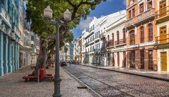 Rua-Bom-Jesus-Zur-Marcio-Jose-Bastos-Silva-shutterstock_192981290
