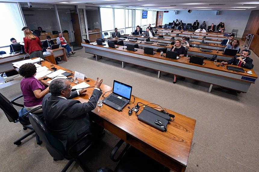 Comissão de Direitos Humanos do Senado aprovou texto que voltou da Câmara dos Deputados e continua a ser discutido na legislatura que inicia este ano   Foto: Edilson Rodrigues/Agência Senado