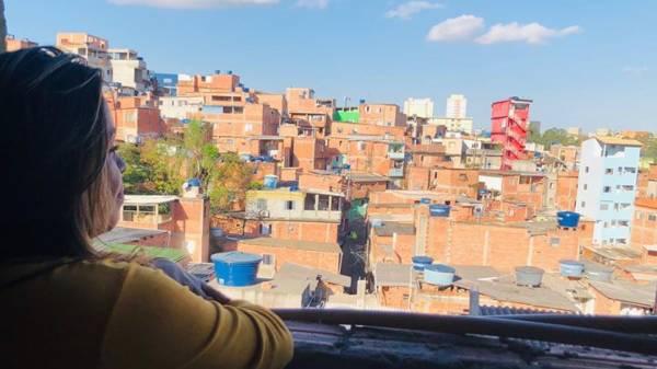 Elizandra em Paraisópolis  Foto: Reprodução/Facebook